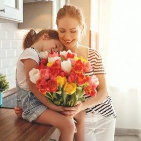 Скидка 10% на предзаказ цветов ко Дню матери!